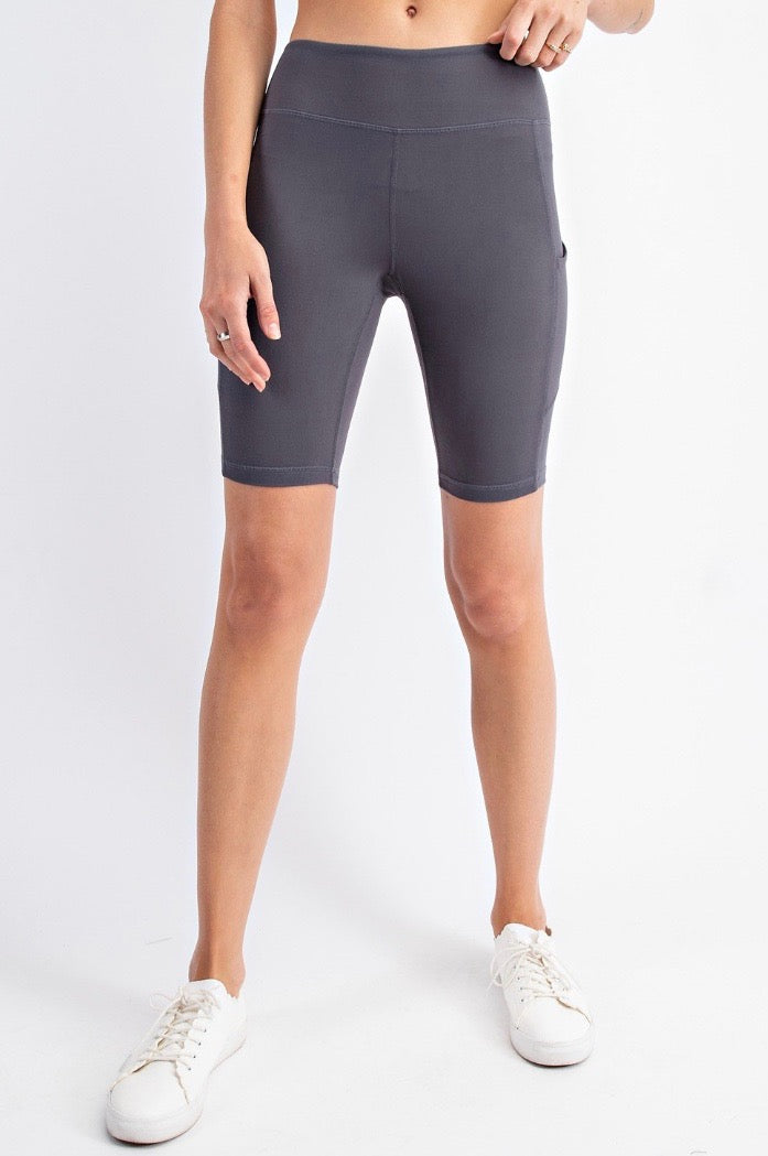 THE BUTTER ROCKS BIKE SHORT - CHARCOAL
