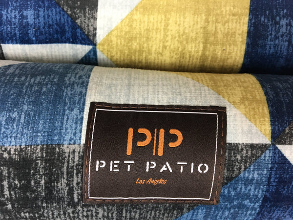 Pet patio blue