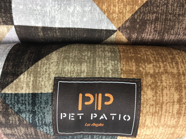pet patio logo, brown
