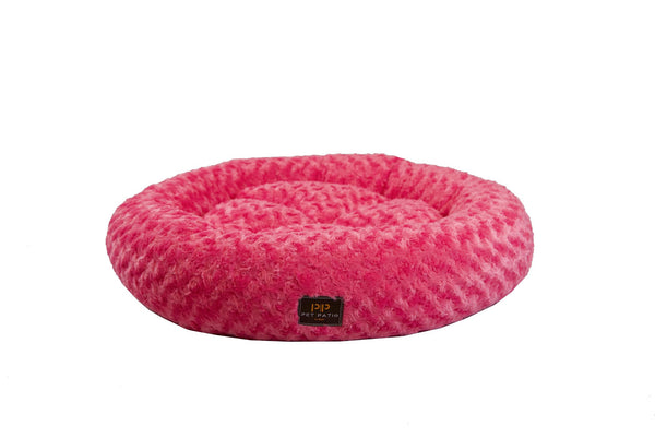 Nesting bed for dogs