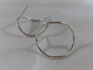 Curved Circle Post Earrings