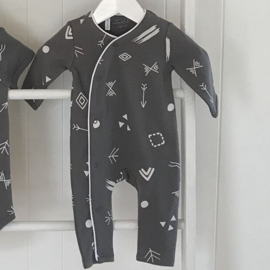 EMOTION & KIDS Charcoal Doodle Long Leg Onesie