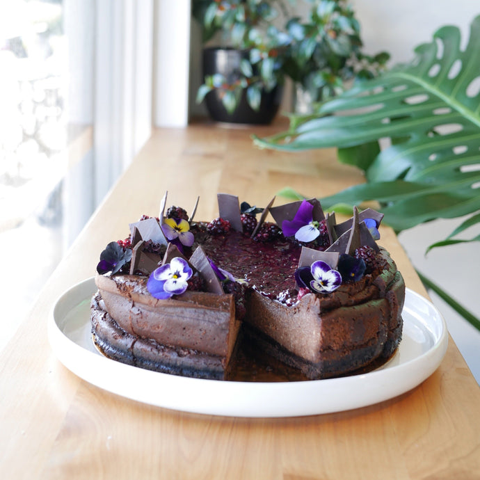 Dark Chocolate Blackberry Cheesecake