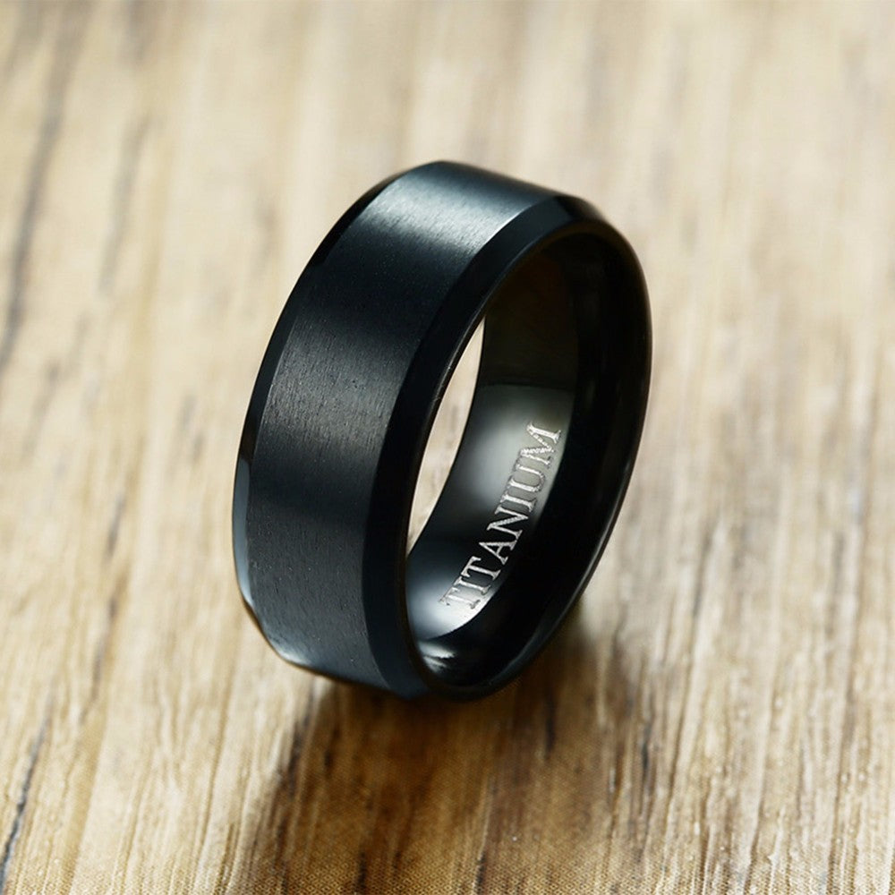 Bague™ – New Edge Brushed Titanium Fit Band
