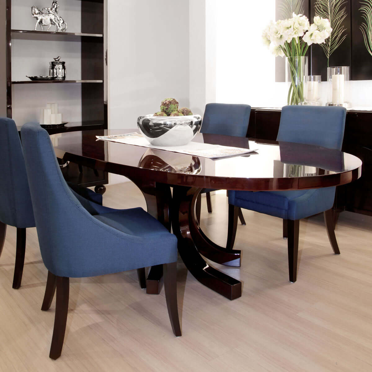 furniture online Indonesia  - glossy oval dining table