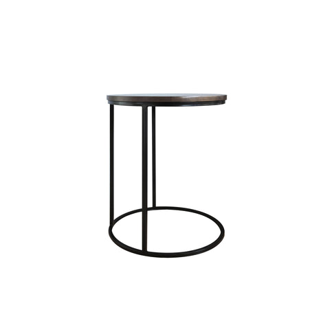 slim and chic silhouete round side table