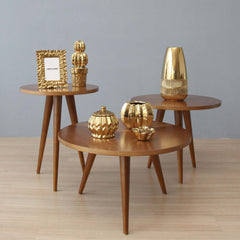 a gorgeous and contemporary chelsea side table