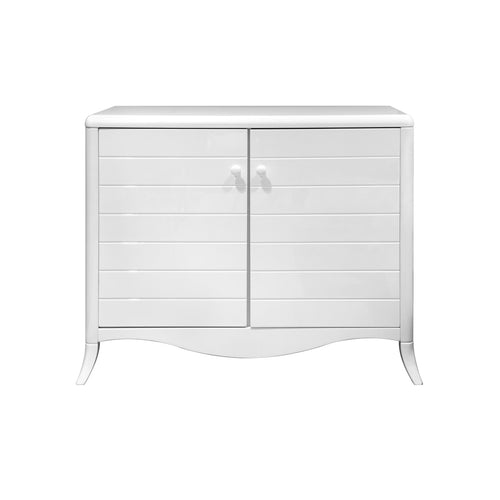 simple and stylish Verona dresser