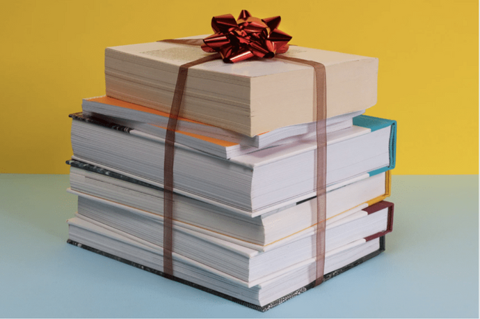 10 Eco-Friendly Gifts for the Bookworm