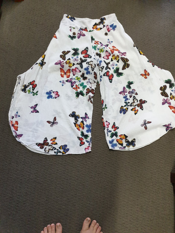 Women's Butterfly floral Pants. One size.
