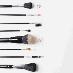 Make-Up Application Tips for a Natural Finish