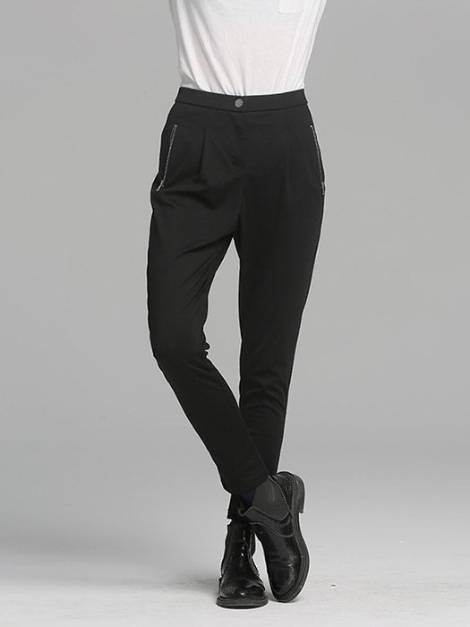 Tapered Leg Harem Pants In Black - L / Black 17533