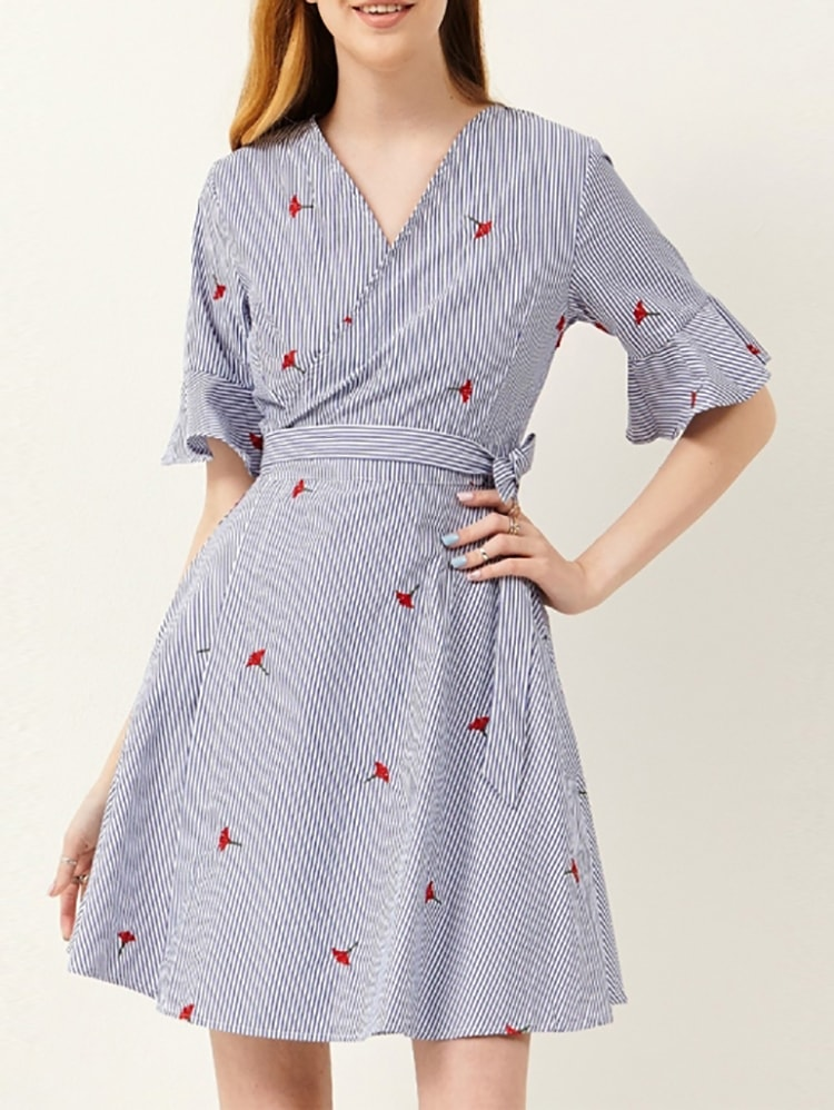 Sweet Floral Wrapped Swing Dress