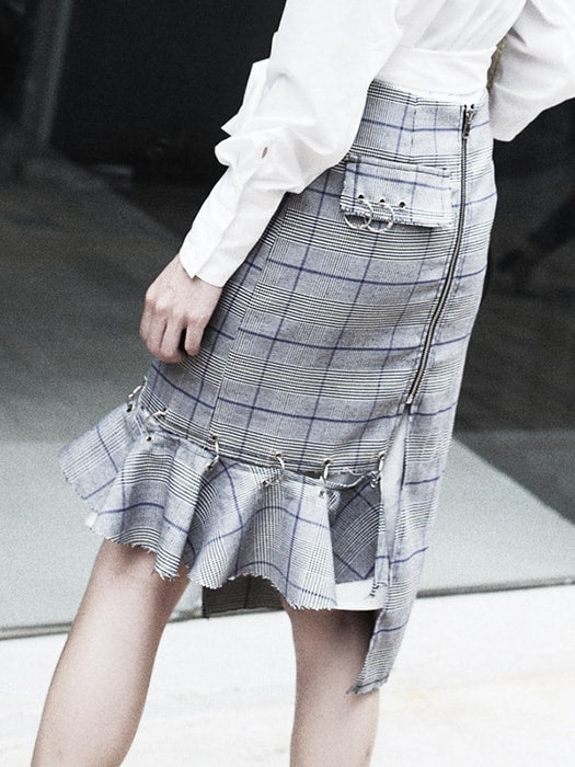 Asymmetric High Waist Check Skirt With Ruffle Spliced
