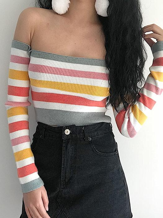 Color block Off-the-Shoulder Crop Top