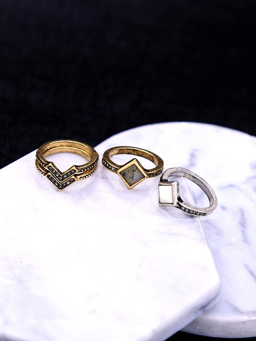 Ring Pack In Burnished Gold With Stone Stub