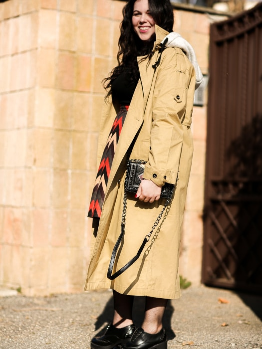 Khaki Trenchie Coatwith Removable Color-blocking Hood