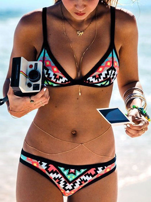 Geometric Printed Pattern Strap Push Up Bikini Set