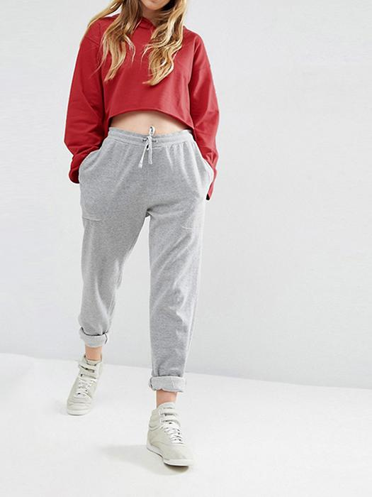 Loose&Casual Hoodie Sweatshirt with Cropped Cutting