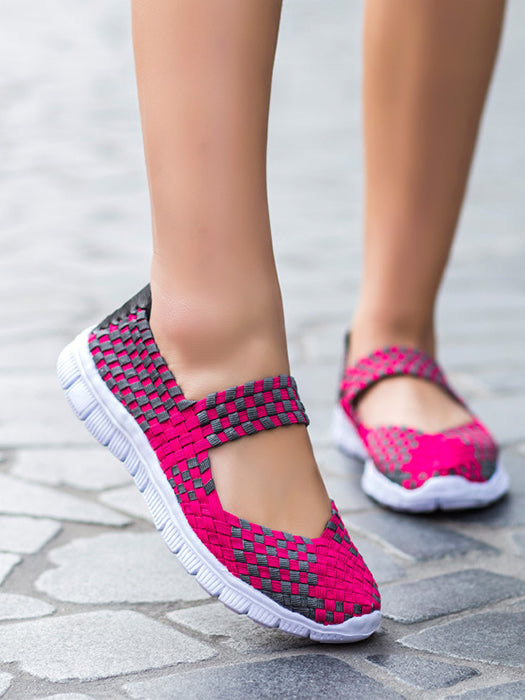 Women Breathable Mesh Fabric Soft Sneaker