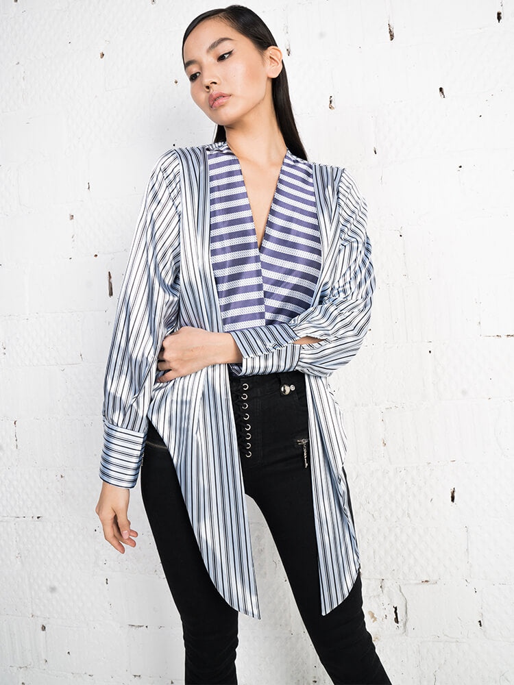 Ultra Low V-neck Tied Waist Top In Stripe