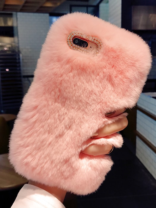 Furry Pearl Detailed Phone Case