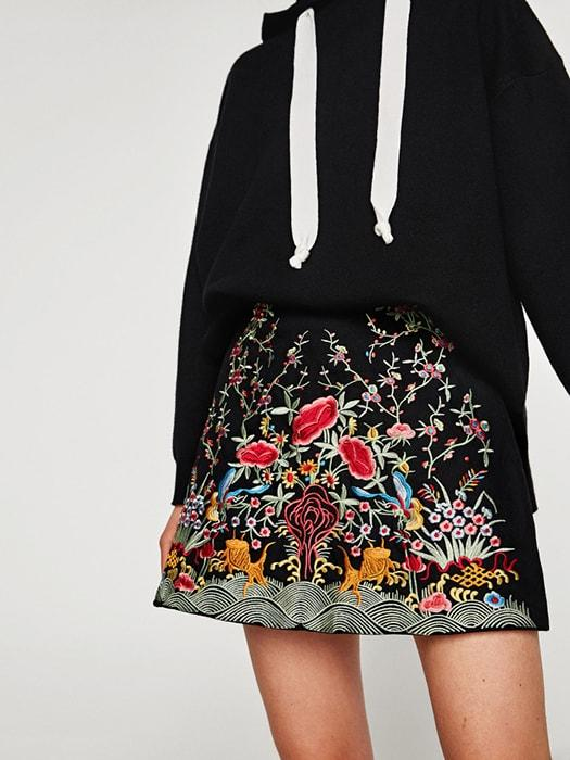 High Waist Embroidered Floral Mini Pencil Skirt