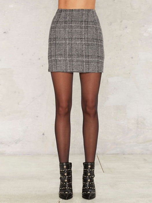 Body Conscious Checked A-line Skirt