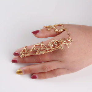 Hollow Flower Ivy Ring - TR