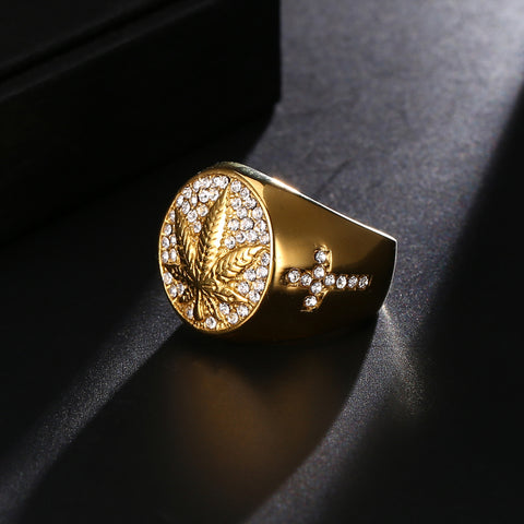 Image of Canadian Maple leaf Ring Gold 316L Stainless Steel - N