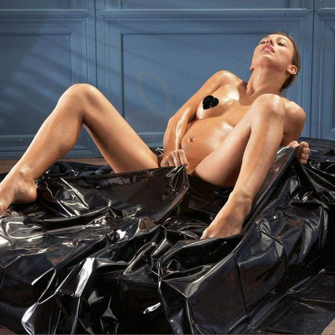 black-pvc-orgy-bedsheets-you2toys-peaches-and-screams_516_2000x