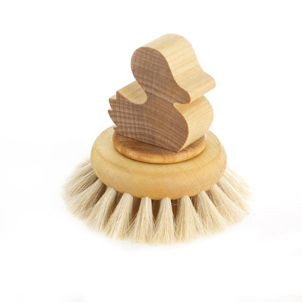 Iris Hantverk - Wooden - Lucy Duck Bath Brush - Natural Materials - Handmade - Wooden - Swedish - Scandinavian Design - Light Wood - Handcrafted | Slow Living