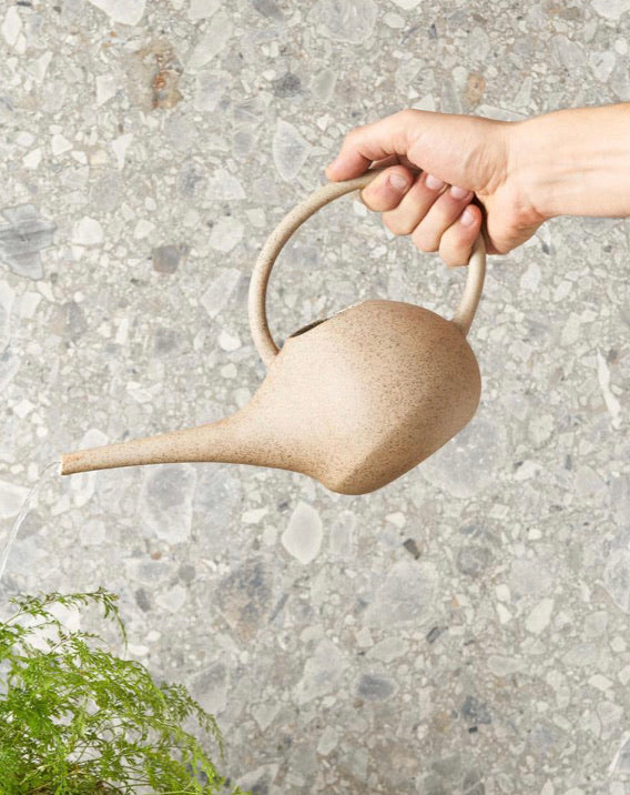 Watering can - Robert Gordon