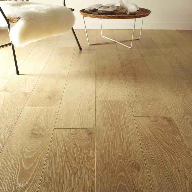 Artens Plus 7 Light Oak 7mm Laminate Flooring (3126817210302) Square Metre Price is £8.50 - Decoridea.co.uk