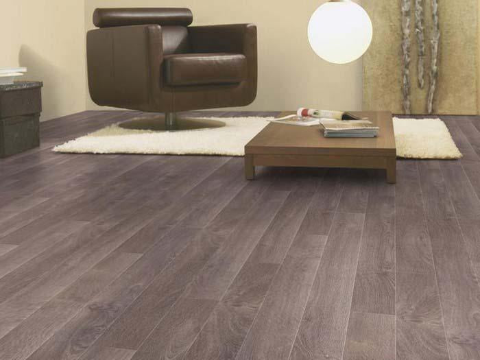 Aspecto Monarch Oak A8505 10mm Laminate Flooring (330152) - Decoridea