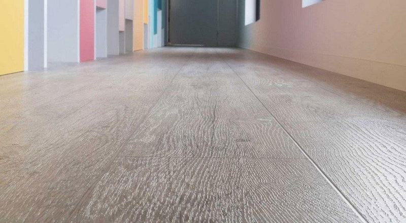 Couesteau W6 Smart Vinyl Lino Flooring 4m Width Square Metre Price is £7.95 - Decoridea.co.uk
