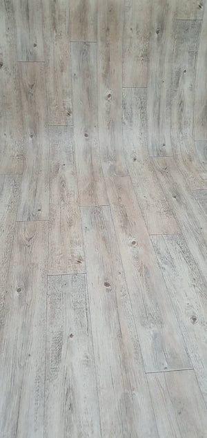 Couesteau W6 Smart Vinyl Lino Flooring 4m Width SQM Price is £8.95 - Decoridea.co.uk