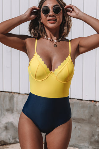 V Neck Color Block Scolloped One Piece Swimwear