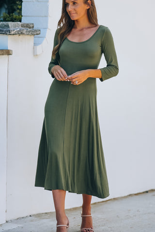 Round Neck Three Quarters Sleeve Casual Dress