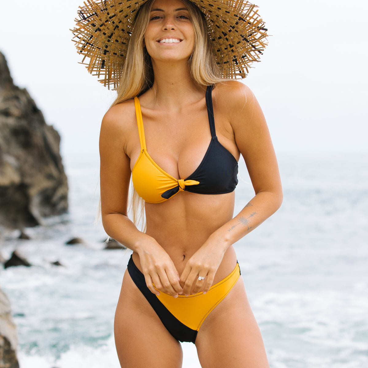 Color Block Knot Front Two Pieces Bikini