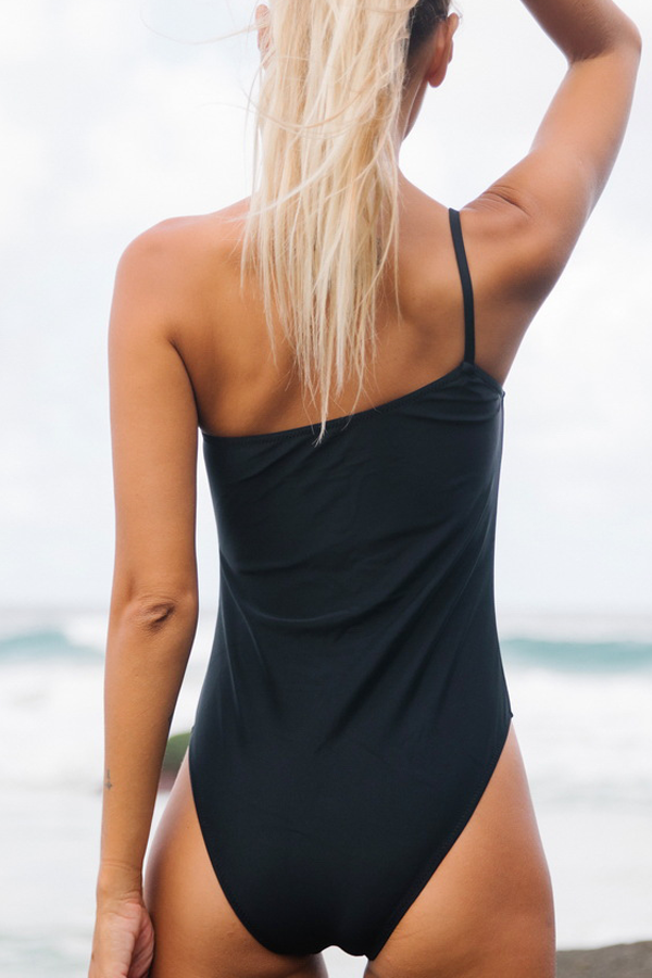 One Shoulder Solid Color One Piece Swimsuits