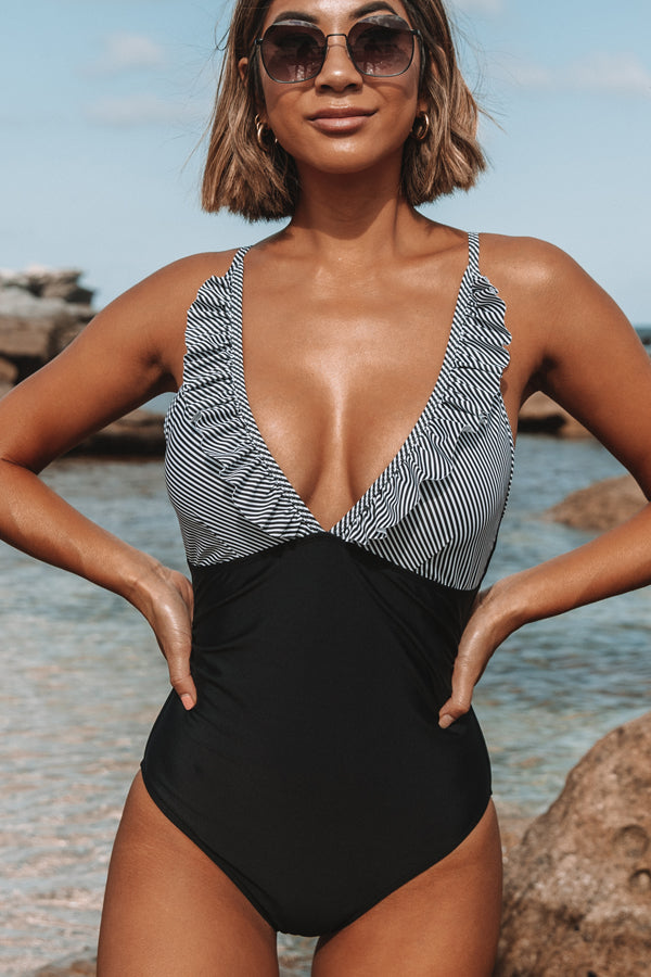 Ruffle V Neck Patchwork One Piece Swimwear