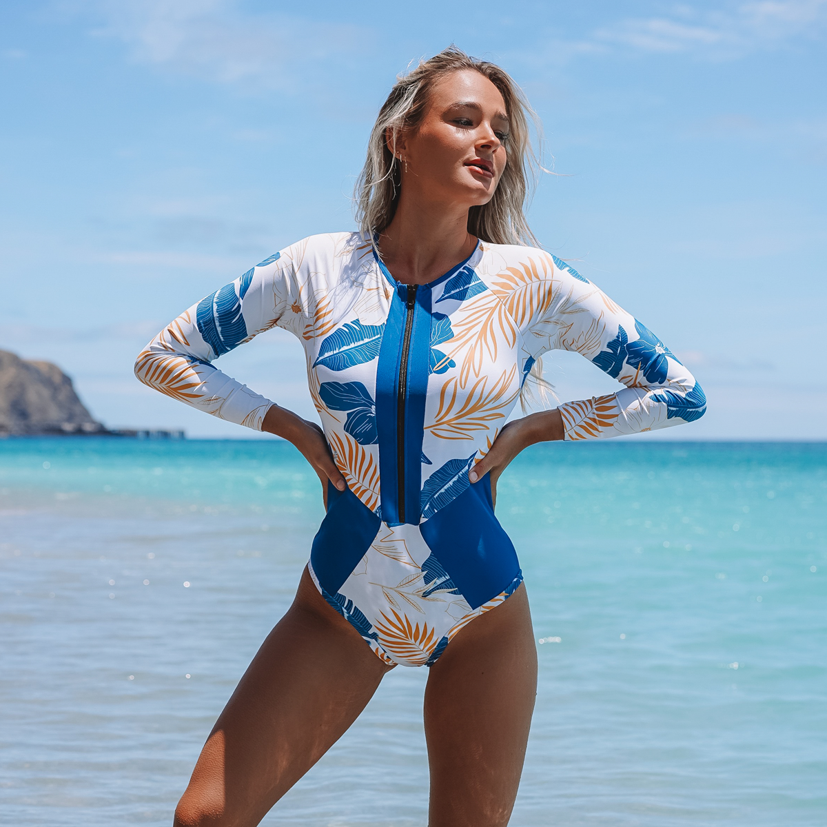 Long Sleeve Printed Zipper Up Surfing Swimsuits