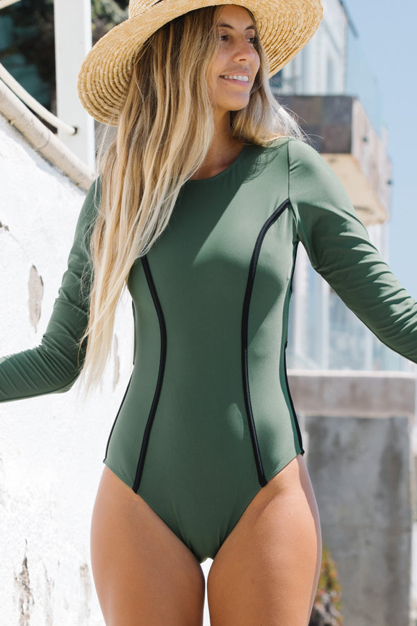 Cutout Back Long Sleeve Solid Green Surfing Swimwear