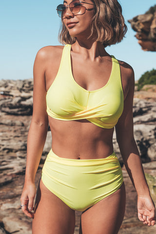 Solid Color Twist Front Two Piece Bikini