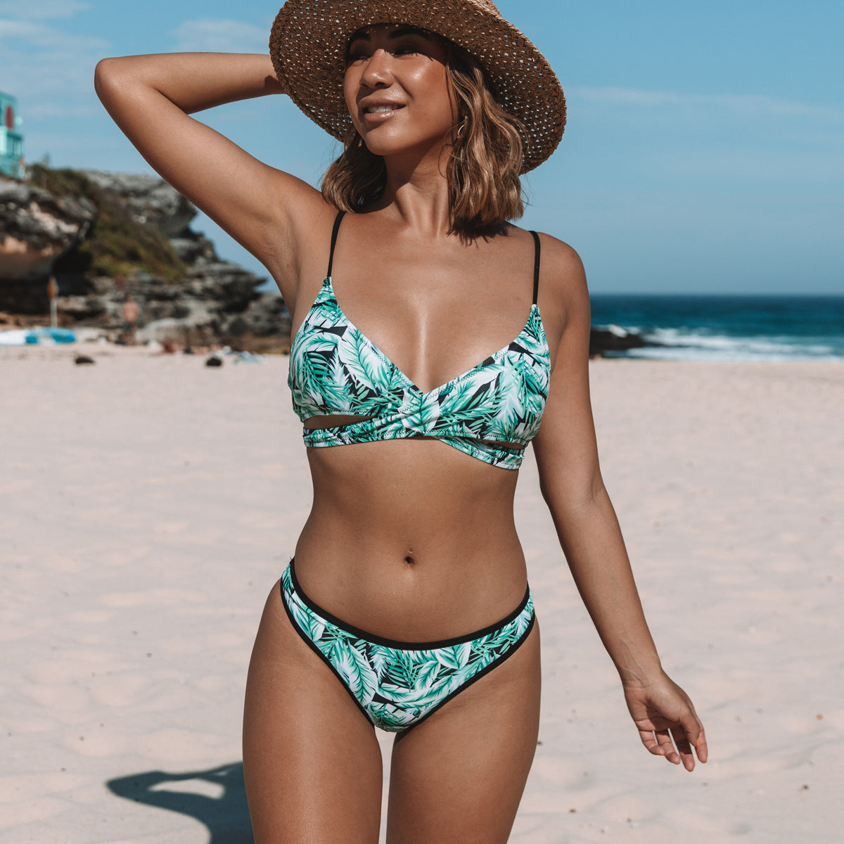 Black Trim Leaf Print Criss Cross Front Bikini Set