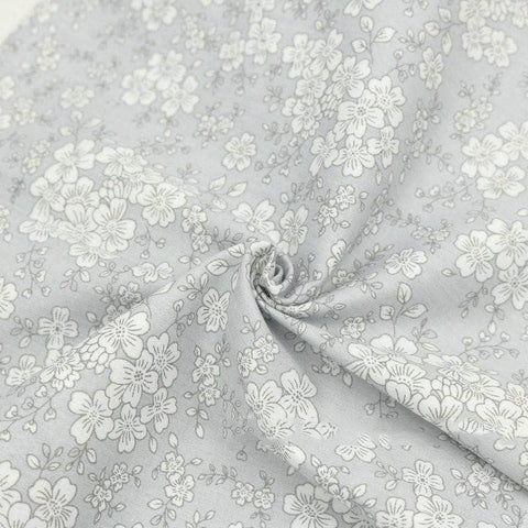 Fabric Premiums - Gray Cotton Fat Quarter - 7 Piece Bundle
