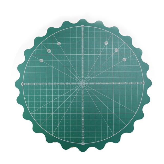 "Sewing by Sarah ""Cut and Spin"" 360 rotating cutting mat - LARGE 14"""