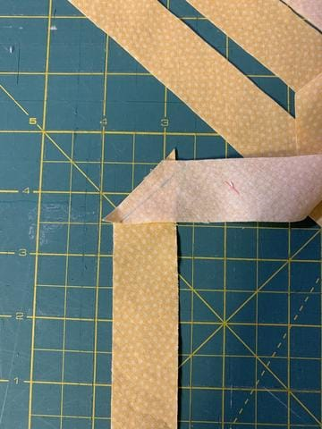 How to make bias tape with bias tape makers