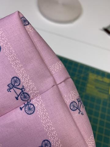 Easy Sewing Tutorial: Reversible, Gift-able Tote Bags
